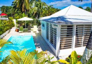 Location Guadeloupe Saint-François Villa SOSSO avec piscine pour 4 personnes & piscine privative